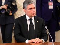 В Туркмении бюджетникам старше 40 лет велели поседеть по образу и подобию президента
