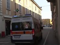Шесть жертв заболевания проживали в Ломбардии, там же отмечено больше всего заболевших - свыше 170. Один человек скончался в области Венето. Зараженные также есть в области Эмилия-Романья, Пьемонте и Лацио