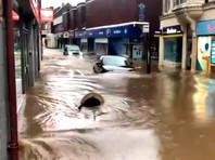 """Европа пострадала от шторма """"Деннис"""": больше всего от стихии досталось Великобритании (ФОТО, ВИДЕО)"""