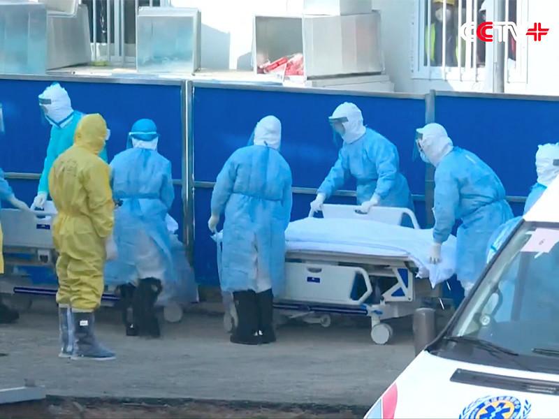 Число жертв коронавируса в Китае превысило 1000 человек. ВОЗ собирает глобальный форум по борьбе с эпидемией