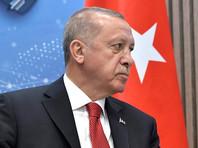Президенты России и Турции Владимир Путин и Реджеп Тайип Эрдоган провели в пятницу телефонный разговор, во время которого обсуждалось выполнение договоренностей по зоне деэскалации в Идлибе