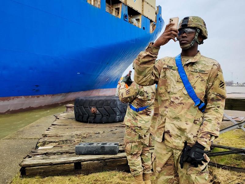"""Военные отменяют и сокращают учения в Европе и Африке из-за коронавируса"""" />"""