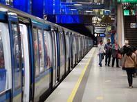 В Мюнхене задержали мужчину, лизавшего поверхности в метро. Это такой коронавирусный челлендж (ВИДЕО)