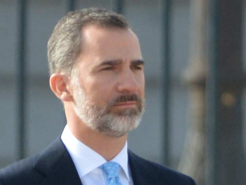 Король Испании Филипп VI отказал в жалованье своему отцу Хуану Карлосу