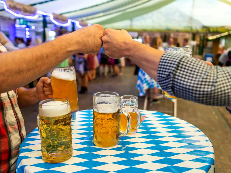 """В Германии отменен пивной фестиваль """"Октоберфест"""", как впрочем и все другие массовые мероприятия"""