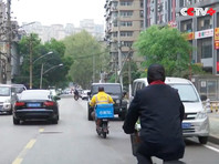 Китайские власти разрешили выезд из Уханя, 11 недель находившегося в изоляции