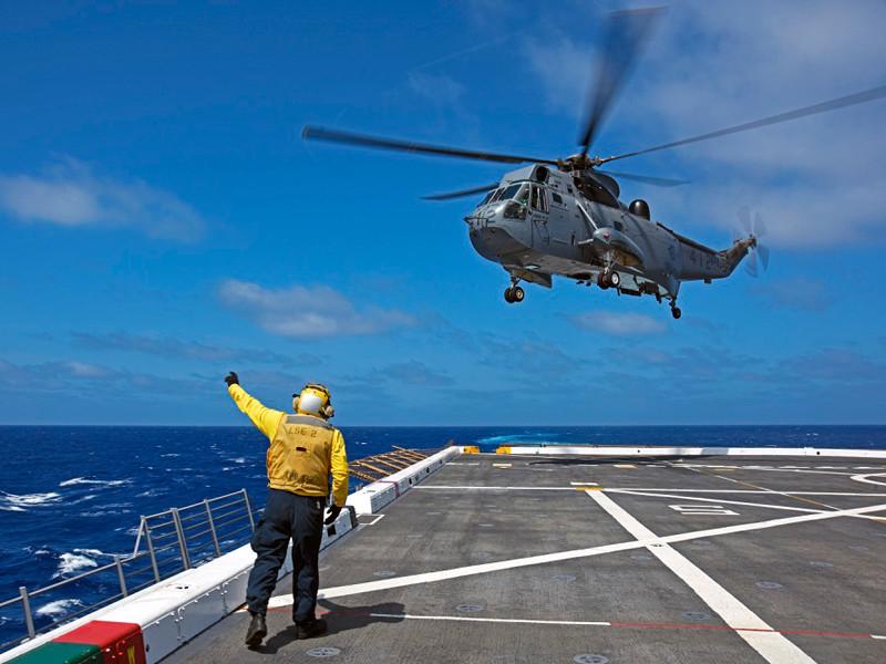 """В Ионическом море пропал вертолет, участвовавший в учениях НАТО"""" />"""