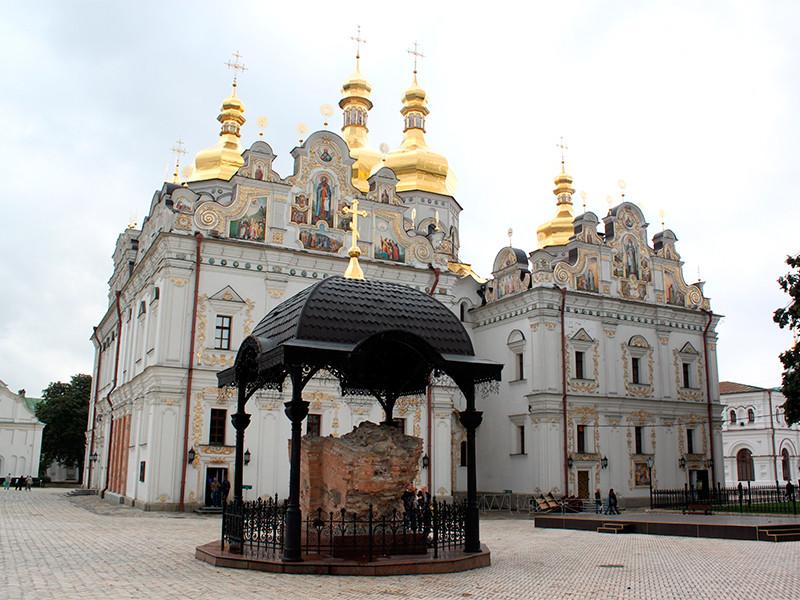 В Киево-Печерской лавре коронавирусом заразились почти все священники, в том числе наместник