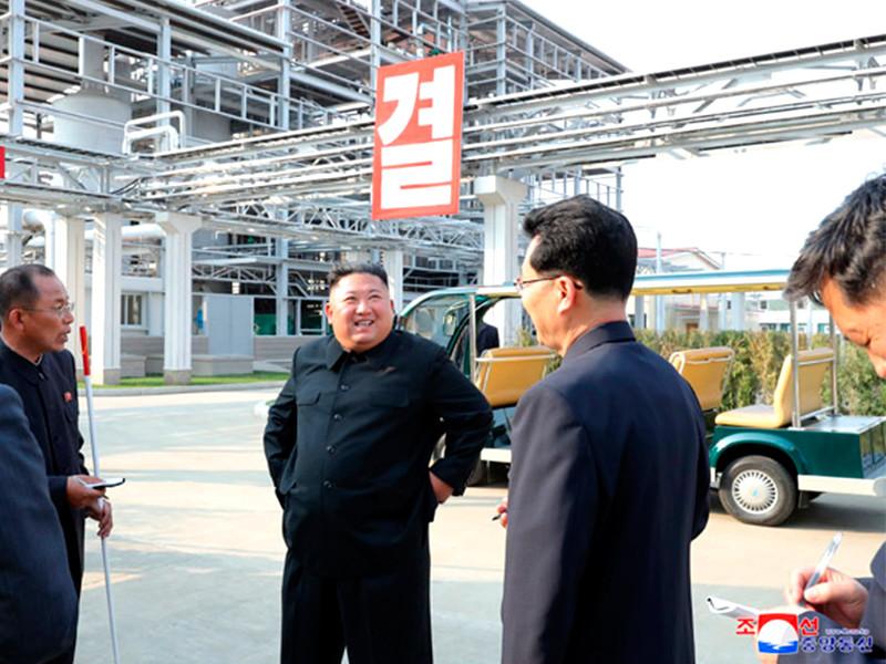"""Северокорейские СМИ показали новые ФОТО и ВИДЕО с Ким Чен Ыном после его 20-дневного отсутствия"""" />"""