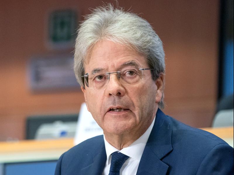 """ЕС вступил в глубочайшую рецессию в своей истории, сказали в Еврокомиссии"""" />"""