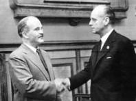 23 августа 1939 года СССР и нацистская Германия подписали пакт Молотова-Риббентропа и тайные протоколы к нему, на основании которых накануне войны они разделили между собой Восточную Европу
