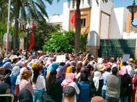 В Тунисе  начались массовые протесты из-за безработицы