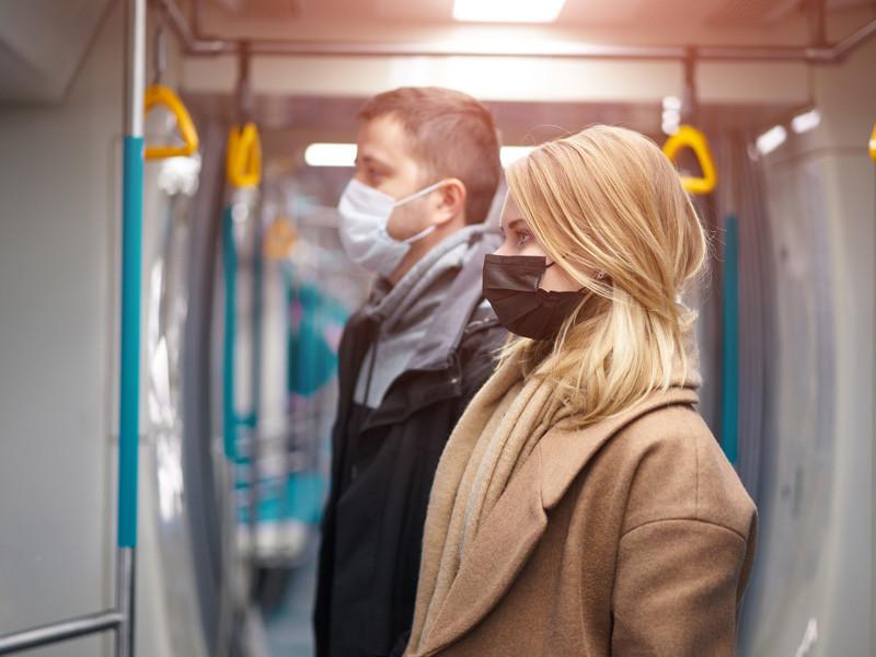 """ВОЗ: коронавирус может стать """"новым ВИЧ"""", с ним придется жить, но можно будет контролировать"""