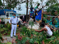 """Тропический циклон """"Ампан"""" в Индии и Бангладеш: разрушены тысячи домов, минимум 80 погибших (ФОТО, ВИДЕО)"""