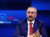 Министр юстиции Турции Абдулхамит Гюль высказался за то, чтобы собор Святой Софии, ныне имеющий статус музея, снова стал мечетью