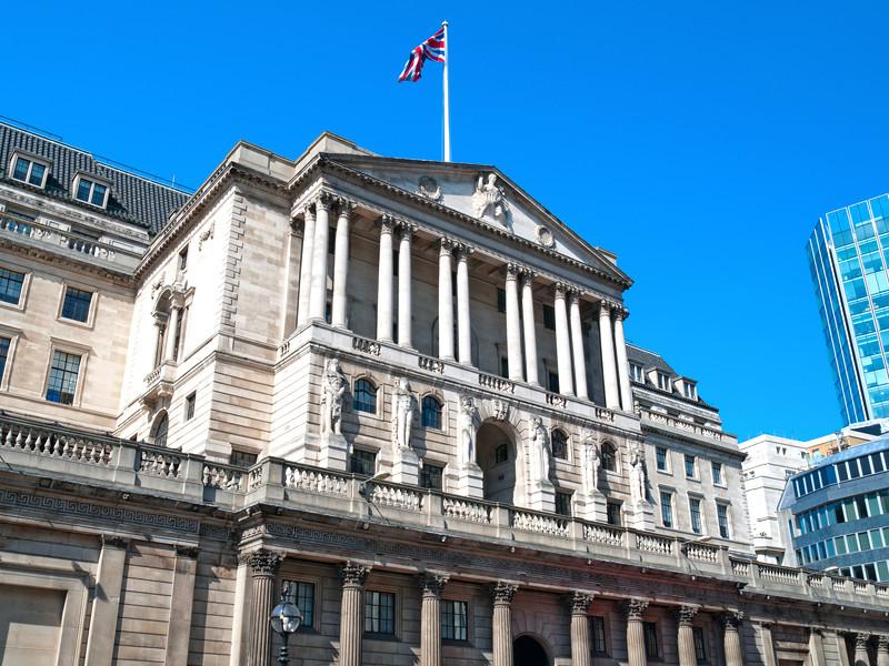 Банк Англии и Англиканская церковь извинились за работорговлю в своем прошлом