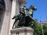 """Памятник Рузвельту около Музея естественной истории в Нью-Йорке демонтируют как """"символ системного расизма"""""""