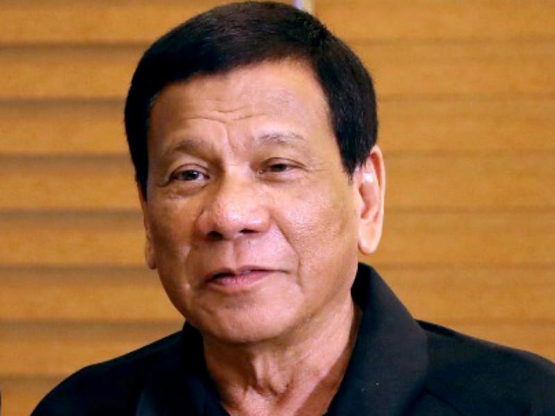 75-летний президент Филиппин Родриго Дутерте выступил в пятницу с новыми угрозами убийств наркоторговцев