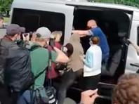 Среди лиц, задержанных в Минске, - оппозиционный политик, один из лидеров партии Белорусская христианская демократия Павел Северинец