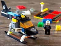 Lego из-за протестов в США отказалась от рекламы конструкторов с полицейскими и задержанными