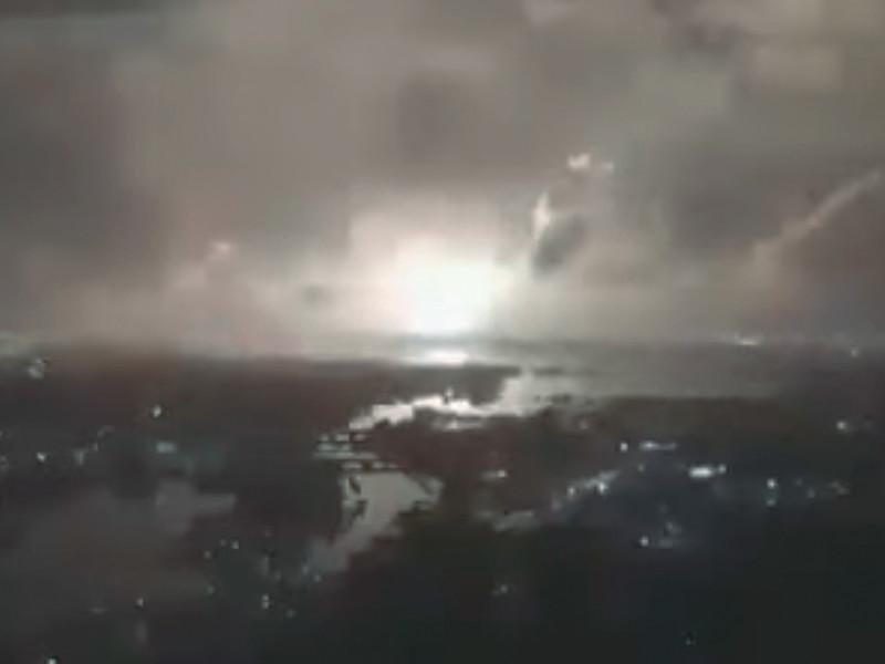AP связало взрыв к востоку от Тегерана с секретным подземным заводом по производству ракет
