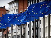 """Как пишет The New York Times, в руководстве Евросоюза существует два списка """"потенциальных стран"""", жителям которых могут разрешить въезд в страны ЕС. В один из них включены 47 стран, где показатель заражения ниже, чем в среднем по ЕС, во втором - 54 страны, где показатель хуже, но не больше 20"""