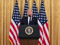"""В Конгрессе требуют расследования по сговору России с талибами*, обвиняя Трампа в """"расстилании"""" перед Путиным"""