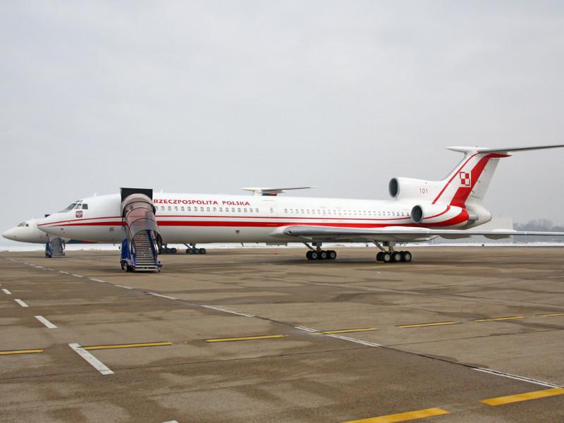 Польская комиссия по повторному расследованию катастрофы Ту-154 президента Польши Леха Качиньского утверждает, что тротил, взрыв которого якобы стал причиной крушения, в самолет заложили во время ремонта в России