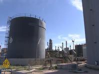 Войска Хафтара при поддержке бойцов ЧВК Вагнера и суданских наемников в конце июня поставили под контроль крупнейшее в стране нефтяное месторождение Шахара, а в начале июля - главный ливийский экспортный порт Эс-Сидер