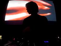 Российский диджей Денис Казначеев, который был арестован в ФРГ по запросу США в рамках дела о кибермошенничестве и отмывании денег в даркнете, вышел из СИЗО под залог в 20 тыс. евро
