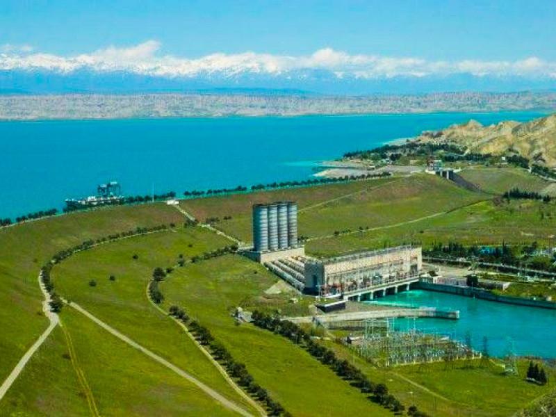 """Баку и Ереван обменялись угрозами нанести удары по стратегическим объектам, включая АЭС"""" />"""