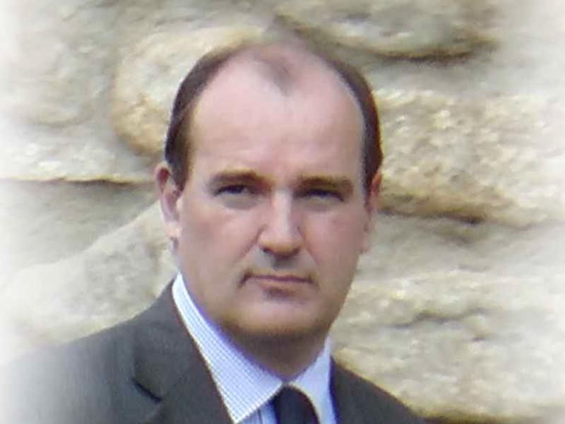 Новым премьер-министром Франции стал координатор по выходу из карантина Жан Кастекс