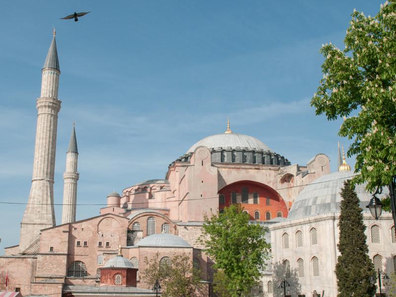 Первая исламская молитва в храме Святой Софии будет длиться сутки