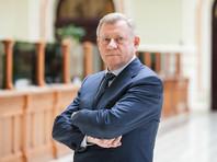 На этот раз из-за отставки главы Национального банка страны (НБУ) Якова Смолия