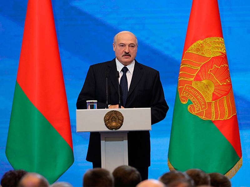"""Лукашенко: в ходе президентской кампании в Белоруссии происходят """"странные вещи"""""""