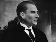 По мнению судей, указ первого президента Турции Мустафы Кемаля Ататюрка от 1934 года о придании собору статуса музея был и остается законным