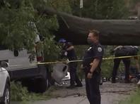 Проливные дожди привели к наводнениям. Сильный ветер повалил множество деревьев. Но наибольший ущерб нанесли торнадо, предупреждения о которых были объявлены в 10 штатах. Жертвами стихии стали 6 человек в штатах Северная Каролина, Мэриленд, Пенсильвания, Делавэр и городе Нью-Йорк