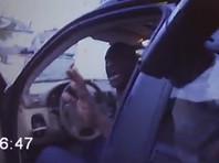 """""""Пожалуйста, не стреляйте в меня"""": опубликовано новое ВИДЕО ареста Джорджа Флойда"""