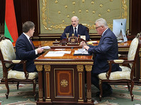 """Лукашенко призвал """"разобраться"""" с учителями, не следующими принципам государственной идеологии"""