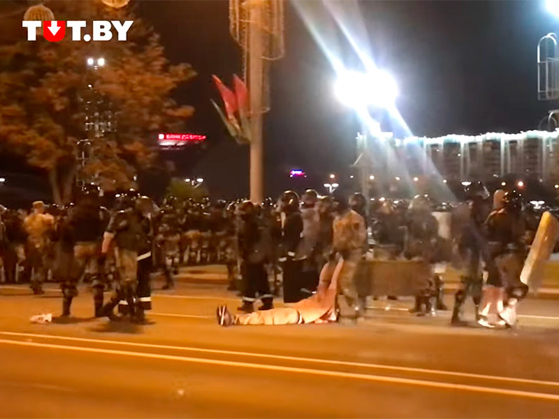 """""""Уходи!"""": по всей Белоруссии начались акции протеста"""" />"""