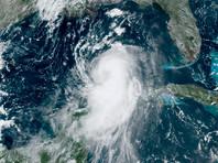 Ураган уже миновал Кубу, а до этого - Гаити и Доминиканскую республику, где погибли порядка 20 человек