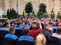 Работники БелАЗа потребовали от руководства не снабжать силовиков своей продукцией