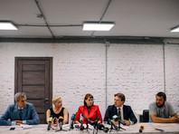 Алексиевич вошла в состав президиума координационного совета белорусской оппозиции, однако на заседания не ходит из-за плохого самочувствия