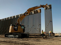 Строительство стены на границе с Мексикой в штате Аризона, август 2019 года