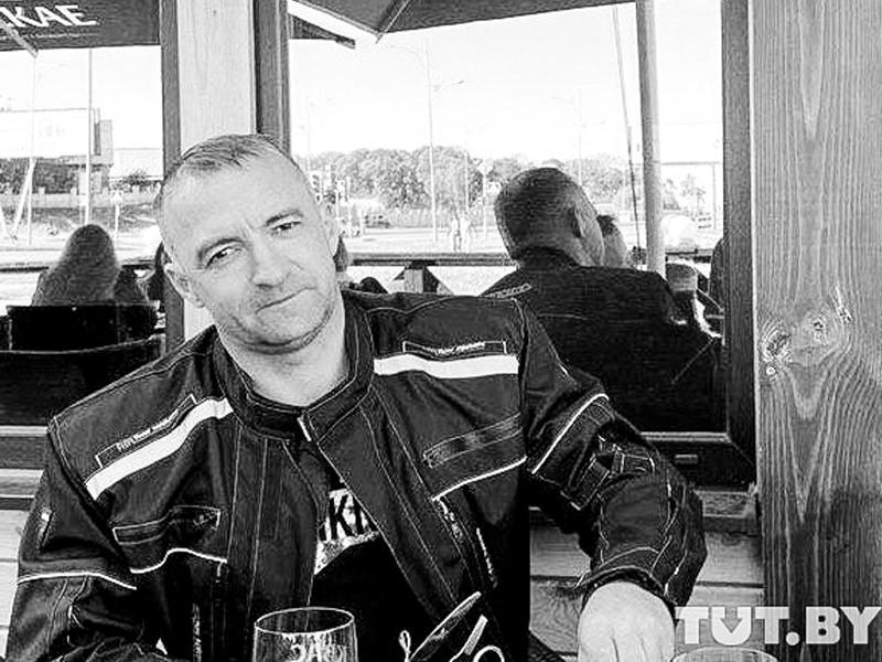 В военном госпитале Минска скончался 43-летний житель Бреста Геннадий Шутов, получивший огнестрельное ранение в голову во время протестов 11 августа