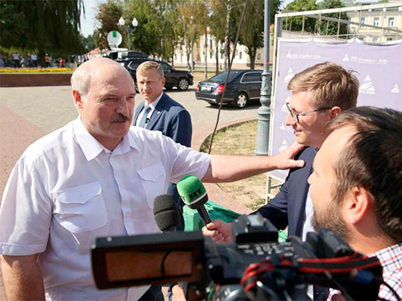 """Лукашенко поделился """"общим"""" с Путиным мнением: Белоруссию """"травят"""" с прицелом на Россию"""