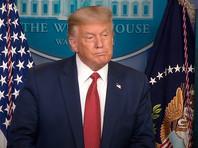 В Белом доме на несколько минут была прервана пресс-конференция президента США Дональда Трампа