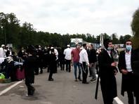 На белорусско-украинской границе застряли несколько сотен хасидов, которые планировали встретить еврейский Новый год Рош ха-Шана в Умани на Украине