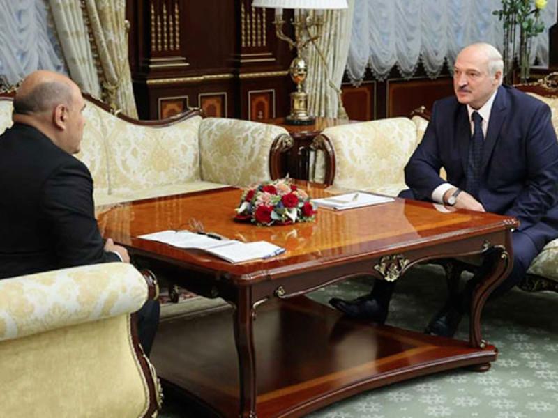 """Лукашенко заявил о перехвате """"интересного разговора"""", якобы доказывающего, что Навального не травили, а Меркель врет"""