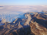 Скорость таяния ледников Гренландии стала рекордной: уровень Мирового океана вскоре поднимется на 10 см (ВИДЕО)